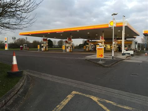 Shell  Motorway Services, Shell  Service Station Info