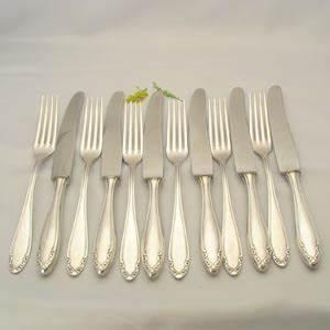 12 Teiliges Service : 12 teiliges tafelbesteck von oka otto kaltenbach besteck porzellan service ~ Markanthonyermac.com Haus und Dekorationen