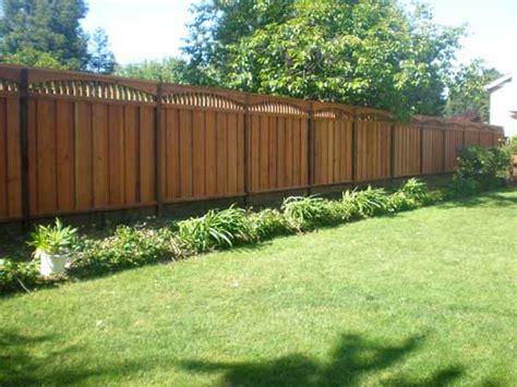 redwood fence  curved lattice   backyard fences fence design redwood fence