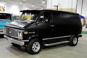 2016 Cleveland Piston Powered Auto-Rama Van-In - Hot Rod