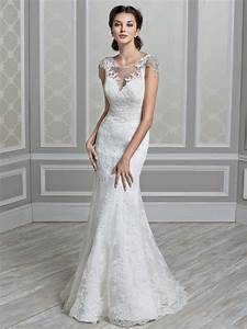 How long wedding dress should be tips on choosing the for Wedding appropriate dresses