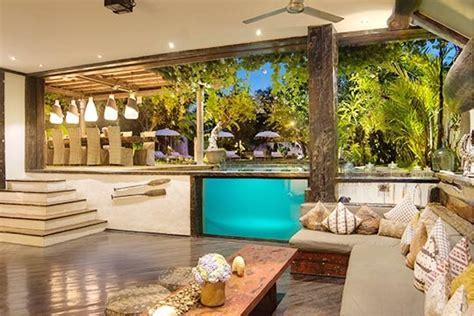 Living Room Restaurant Seminyak by Villa Phinisi Seminyak Bali Villa