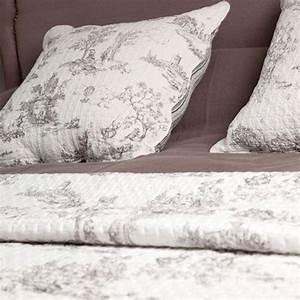 Couvre Lit Harmony : couvre lit boutis toile de jouy blanc harmony d co pinterest couvre lit boutis couvre lit ~ Teatrodelosmanantiales.com Idées de Décoration