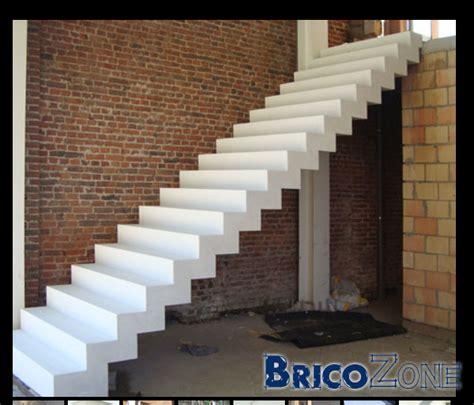 comment faire un escalier en beton escalier b 233 ton 2 5 tonnes 224 placer comment faire