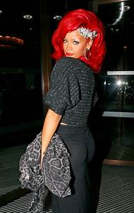 Rihanna 39Who39s That Chick39 Feat David Guetta CDQ
