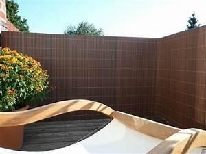 balkon sichtschutz aus bambus praktische und originelle idee With garten planen mit balkon sichtschutz pvc befestigen