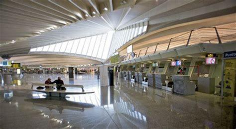 cuisine lounge location de voiture à l 39 aéroport de bilbao sixt