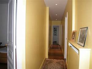 revgercom couleur pour couloir etroit idee inspirante With nice quelle couleur peindre un couloir 12 decoration maison papier peint