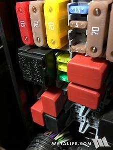 Jeep Renegade Rear Cargo Outlet Constant 12v Power Write