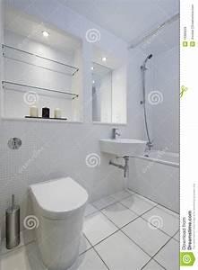 la mosaique blanche a couvert de tuiles la salle de bains With mosaique blanche salle de bain