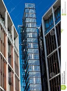 cage d39escalier en verre image stock image du niveau With cage d escalier exterieur