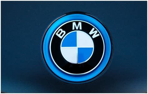 logo bmw bmw logo meaning and history symbol bmw world cars brands