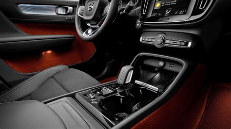 volvo xc   interior car  overdrive