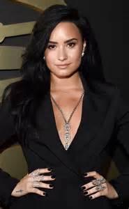 Demi Lovato Grammys 2016