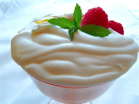 mascarpone and berries recipe food