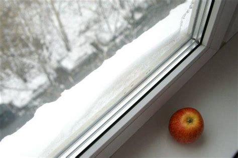 Почему запотевают пластиковые окна внутри решение проблем с помощью вентиляции в квартире