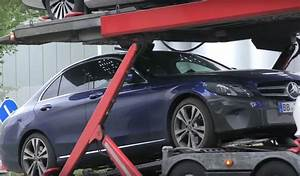 Mercedes Classe C Hybride : surprise voici la mercedes classe c restyl e en version hybride ~ Maxctalentgroup.com Avis de Voitures