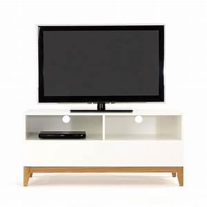 Meuble Tv Scandinave But : meuble tv design pratique blanco wide drawer ~ Teatrodelosmanantiales.com Idées de Décoration
