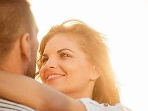 Wie Viele Löcher Hat Eine Frau : wie verlieben sich frauen viversum ~ Lizthompson.info Haus und Dekorationen