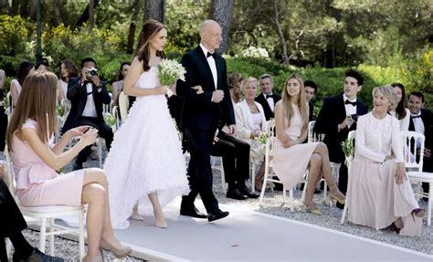 natalie m wedding dresses natalie portman makes the 39 runaway 39