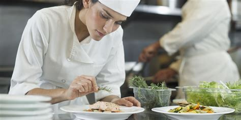 cuisine des chefs hospitality in the restaurant kitchen a chef 39 s