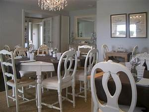 Photo salle a manger et beige deco photo decofr for Deco cuisine avec recherche salle a manger complete