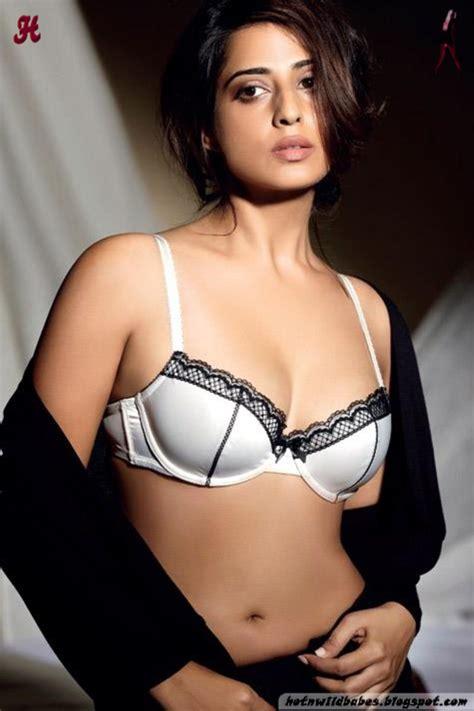 Mahie Gill Exposing In Bra Hot Maxim Photoshoot Hot N