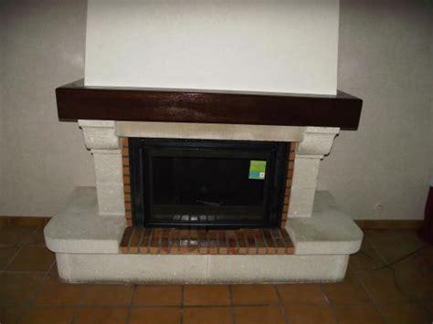 changer porte cuisine cheminee avec insert fonte flamme
