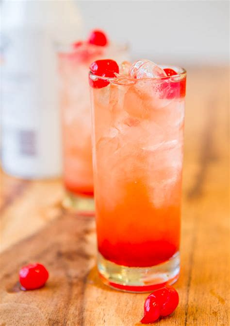 But malibu isn't just an original, it's sunshine in a bottle with a smooth fresh flavor. Malibu Drink {Fruity Coconut Rum Drink} | Averiecooks.com