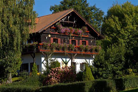 Haus Im Grünen Foto & Bild  Deutschland, Europe, Bayern