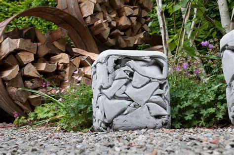 Gartenmöbel Aus Beton  Faszinierend Modern Planungswelten