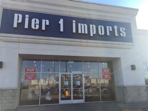 Pier 1 Imports  870 Chomedey (a13) O, Laval, Qc