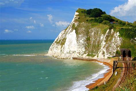 white cliffs  dover angleterre royaume uni