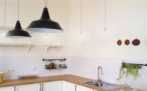 azulejos biselados en la cocina estilo escandinavo