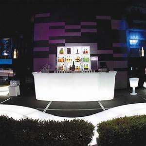 Bar Exterieur Design : comptoir de bar lumineux jumbo slide design ~ Melissatoandfro.com Idées de Décoration
