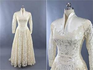 vintage 1950s wedding dress ivory lace wedding gown With vintage 50s wedding dresses