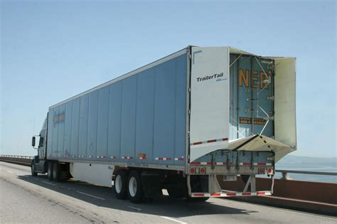 una cola   los camiones consuman menos