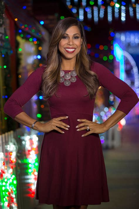hgtv  abc host taniya nayak talks holiday lights