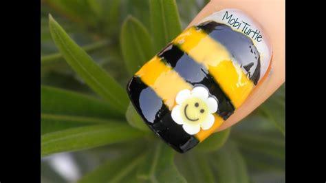 easy cute honey bee nail art  beginners  fimo cane