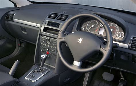 peugeot  coupe   features equipment