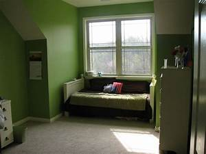 Paint ideas for small bedrooms with awesome green wall