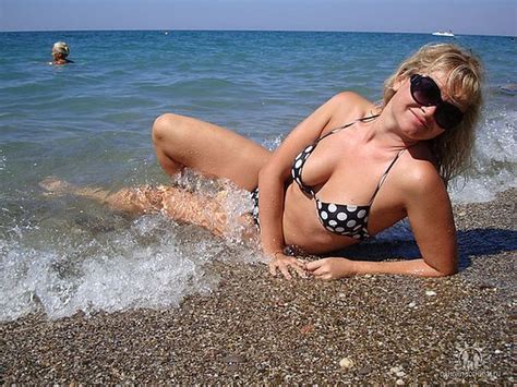 Girls On The Beach Are The Best Thing About Summer (41 Pics