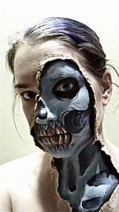 Zombie Schminken Bilder : gruselige halloween schminke skelett unter haut offenbaren halloween pinterest gruseliges ~ Frokenaadalensverden.com Haus und Dekorationen