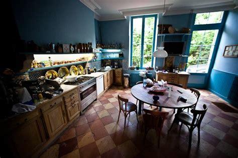 necessaire de cuisine modèle décoration cuisine bleu