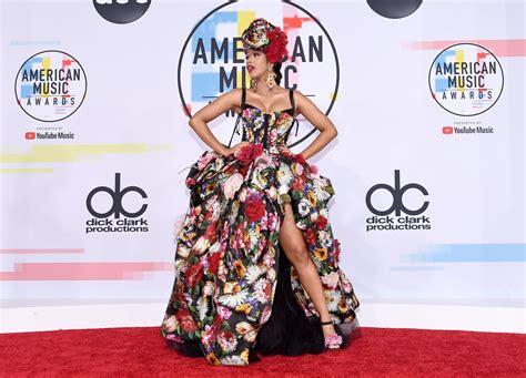 cardi b fashion performance cardi b s dress at the american music awards 2018