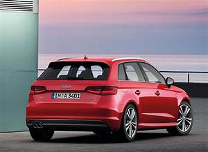 Audi A3 Versions : audi a3 sportback 2013 modernit classique galerie vid os version tcng e gas blog ~ Medecine-chirurgie-esthetiques.com Avis de Voitures