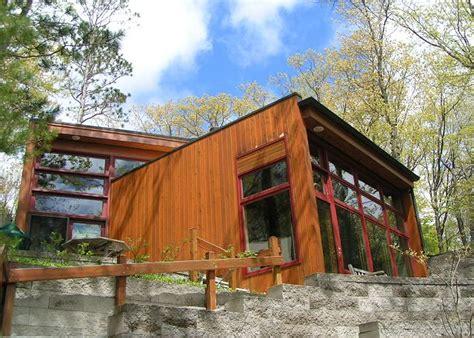 secluded cabin rentals in michigan pet friendly cabins in michigan leelanau vacation