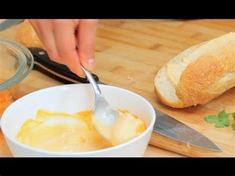 how to make sriracha mayo how to make sriracha mayo bootleg tip youtube