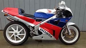 Honda Rc 30 : 1990 honda rc30 f127 las vegas motorcycle 2017 ~ Melissatoandfro.com Idées de Décoration