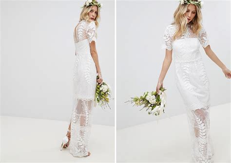 14 Wedding Dresses For Your Laid-back Beach